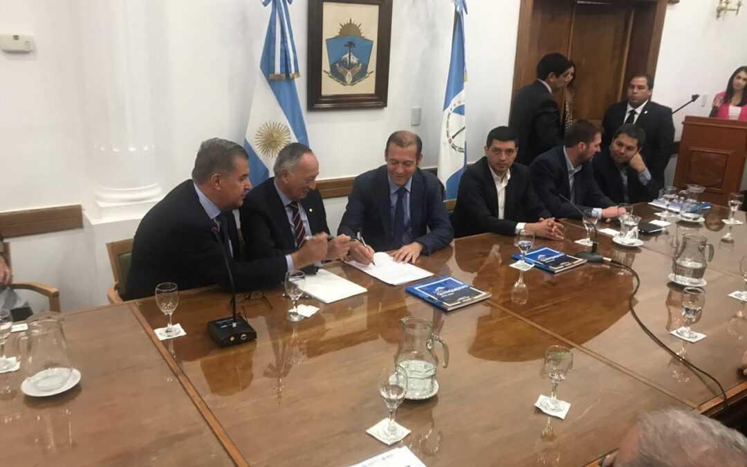 Convenio Marco de Cooperación: UIA – ADINEU – Gobierno de la Provincia de Neuquén